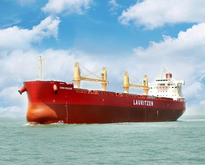 """常石造船海外集团公司的常石集团(舟山)造船有限公司,于本月建成、交付了散装货物船""""TESS58""""系列的第153艘船舶"""