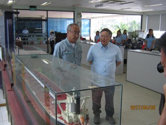 菲律宾财政部长到TSUNEISHI HEAVY INDUSTRIES (CEBU), Inc.视察