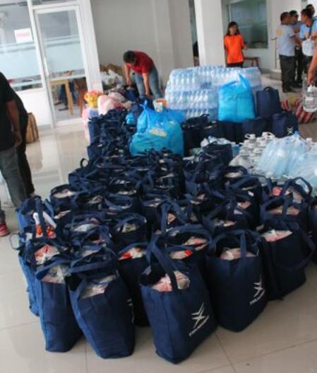 TSUNEISHI HEAVY INDUSTRIES (CEBU) 为宿务岛那牙市发生山体滑坡的受灾地提供支援