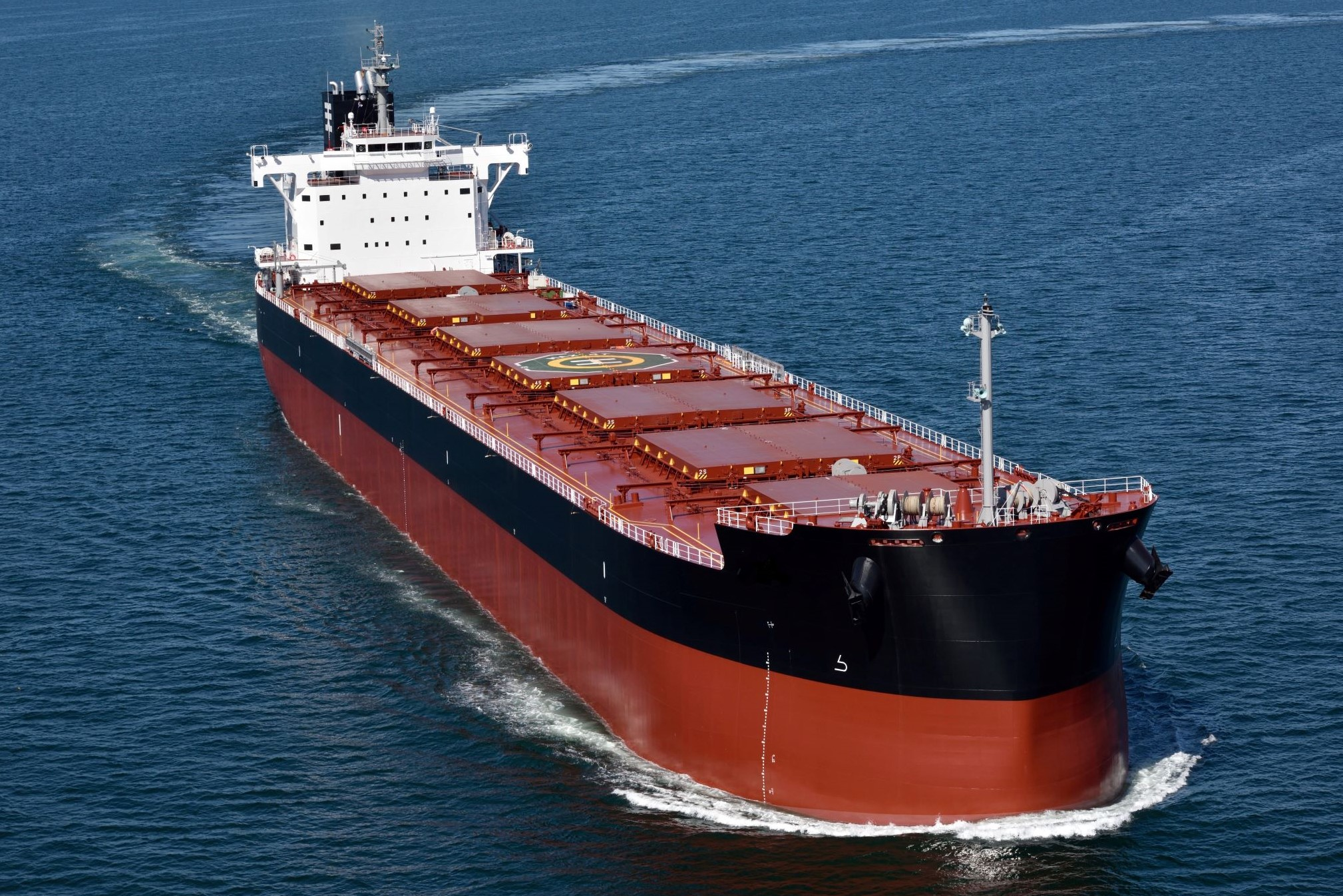 TSUNEISHI SHIPBUILDING completes the EEDI Phase 3 design for the main bulker models such as KAMSARMAX
