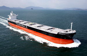 The 100th bulk carrier with 82,000  ton loading capacitysince the「KAMSARMAXBC」first one, 6 years ago, has been completed