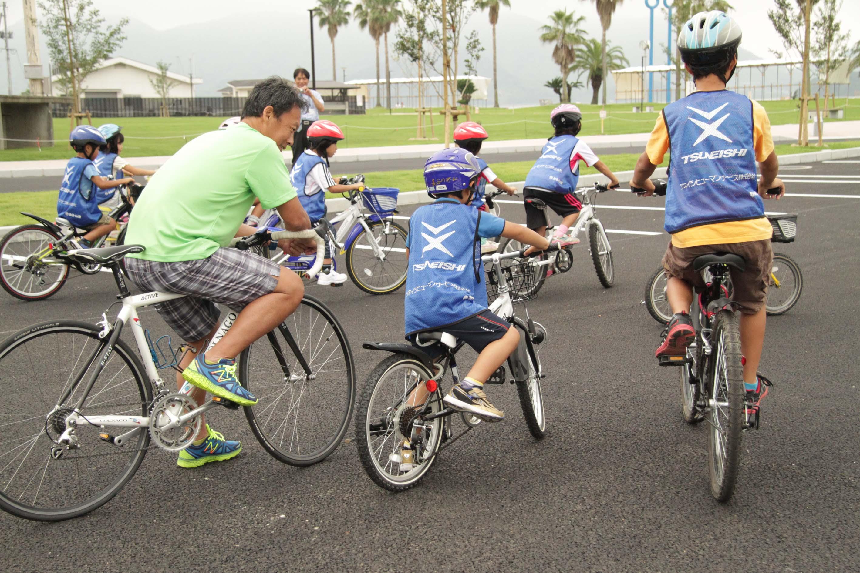 小学生対象「ちびっこトライアスロン体験会」を尾道市瀬戸田サンセットビーチで実施。次回は7月12日、8月30日に開催します!