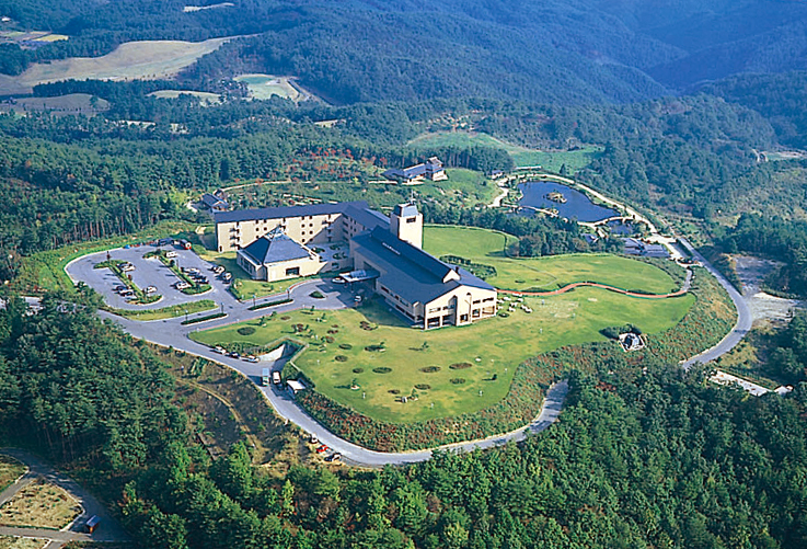 3周年を迎えた高原リゾート「神石高原ホテル」。 夏限定のBBQプランやホタル鑑賞プランが登場!