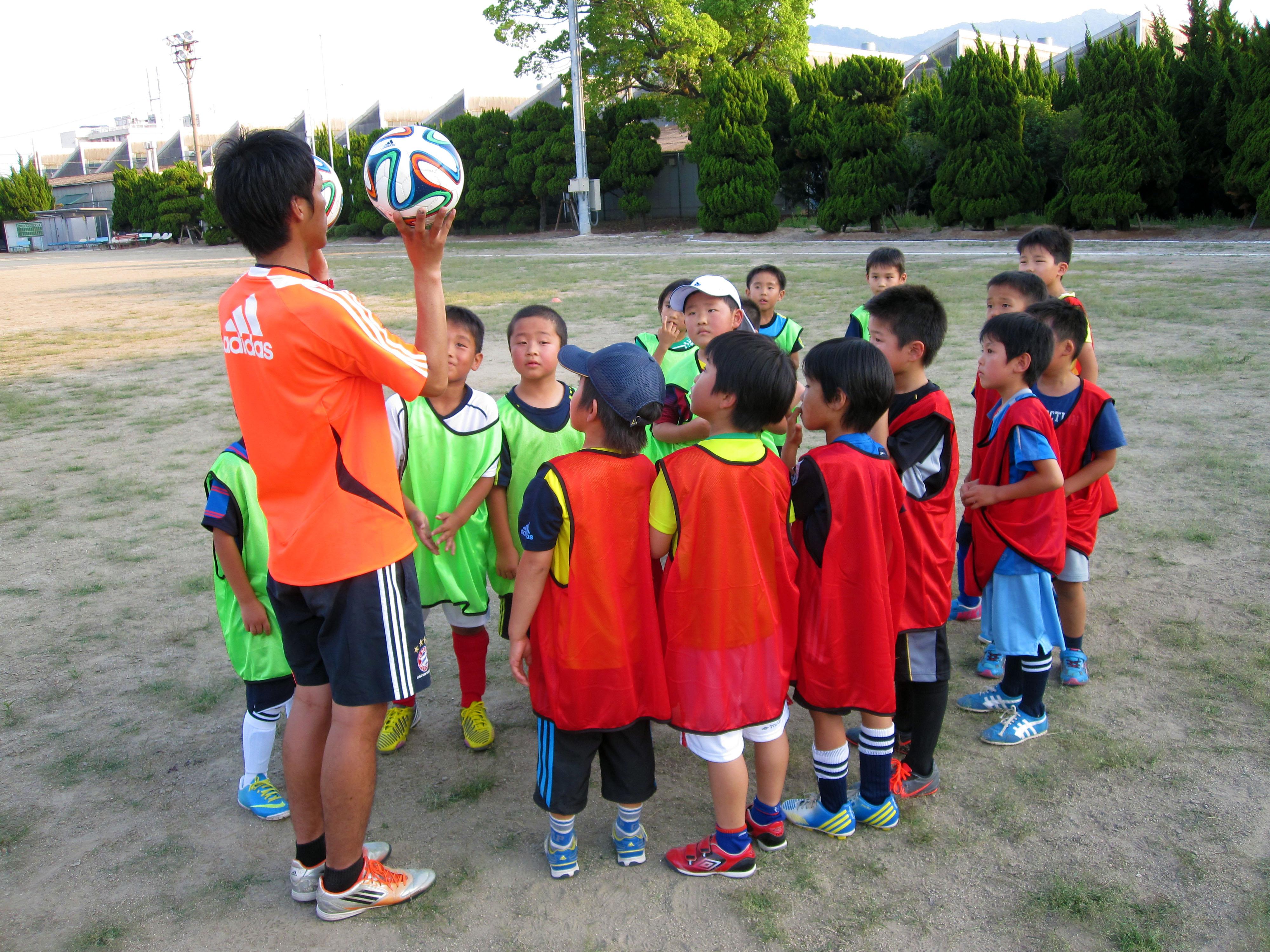FC バイエルン ツネイシ2014年9月2日尾道スクール開校-キッズスクール生募集