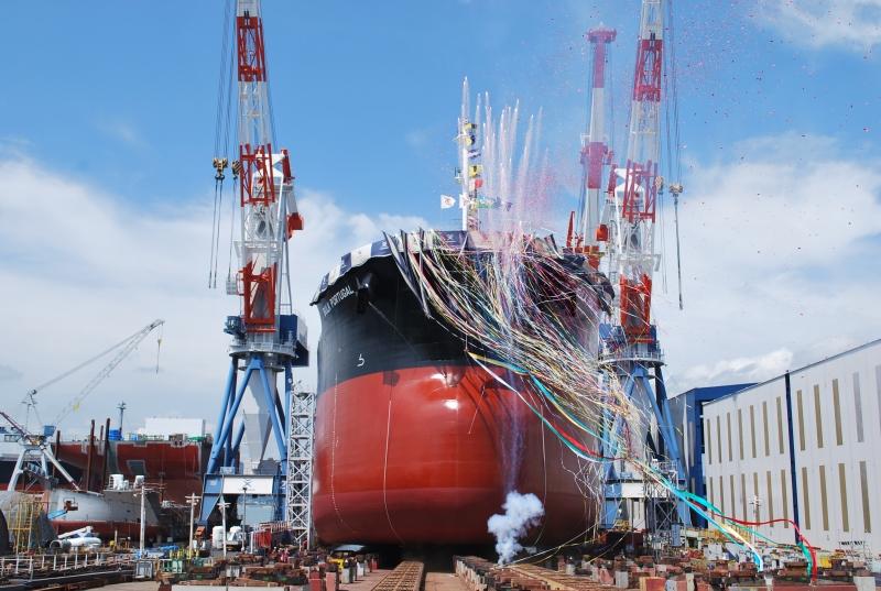 常石造船 明日、2014年9月9日に進水式を行います。