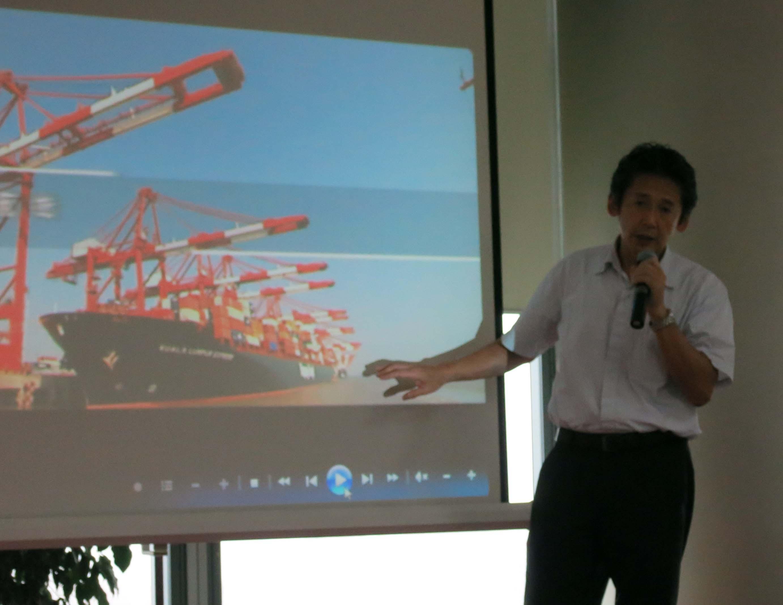 神原汽船が中国現地法人の神原汽船(中国)船務有限公司で、長崎県立大学の大学生約40人を対象に、事業紹介交流会を開催
