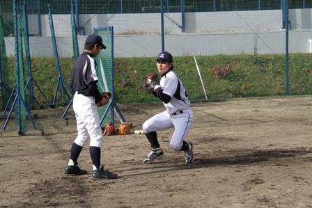 第1回目の様子:ポジション別守備練習~投手