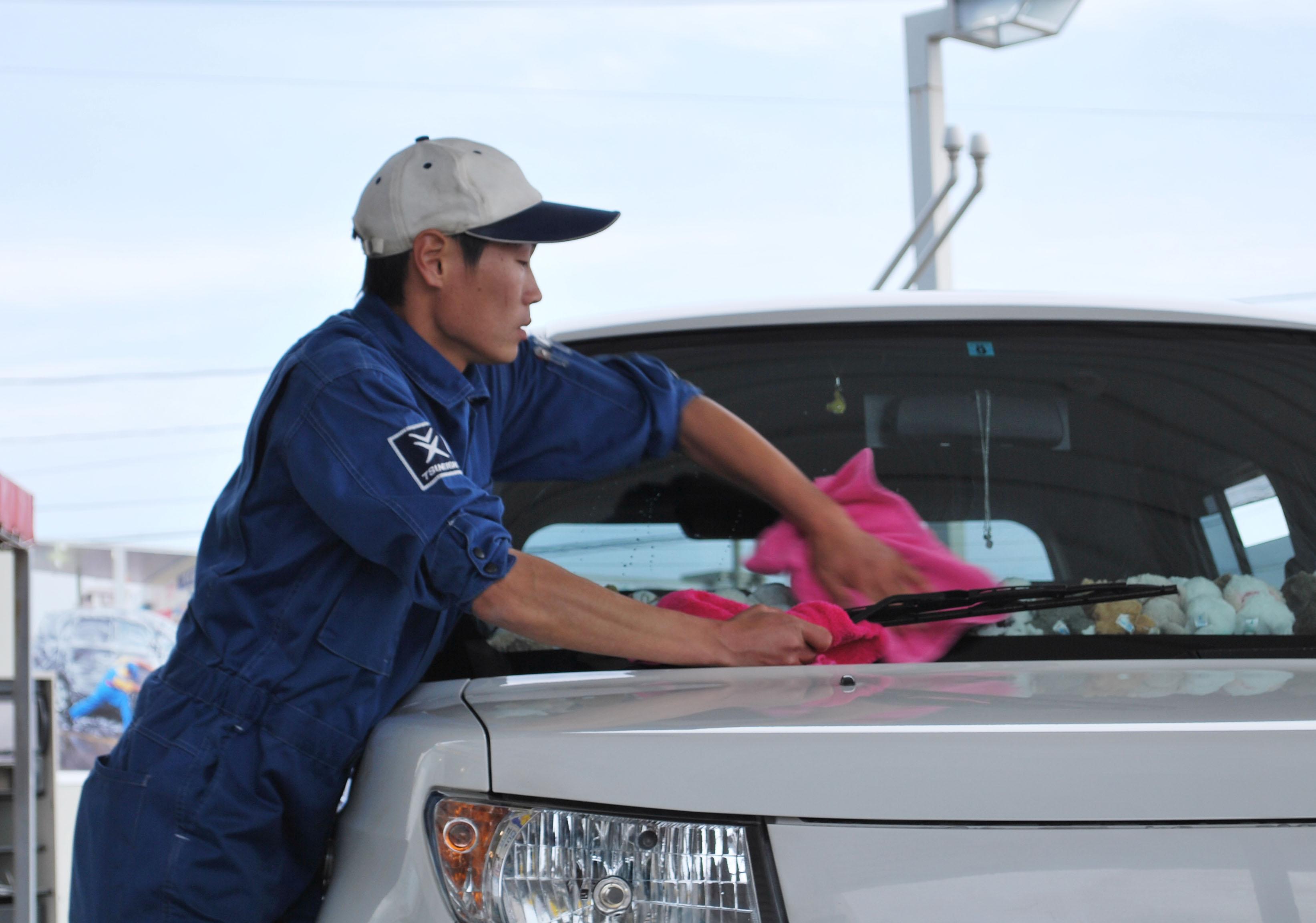 SS年末年始の営業時間のご案内-快適なカーライフをまるごとサービスするツネイシCバリューズ