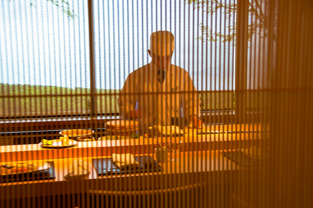 鮨 双忘(すし そうぼう)が新規開店!瀬戸内海を眺めながらいただく絶品鮮魚の握り─ベラビスタ境ガ浜 花の献立