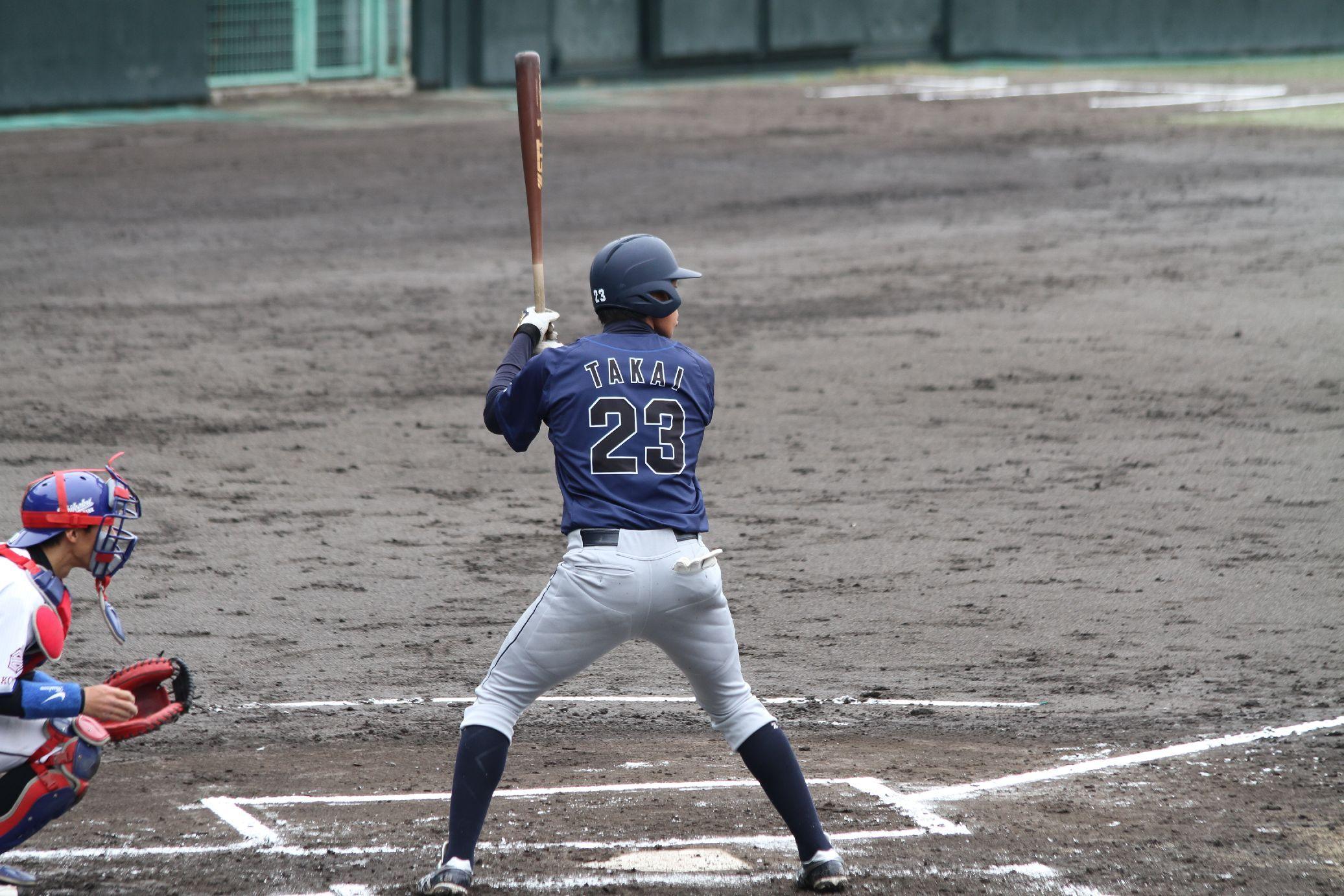 高井圭選手は、新日鐵 広畑戦で2塁打
