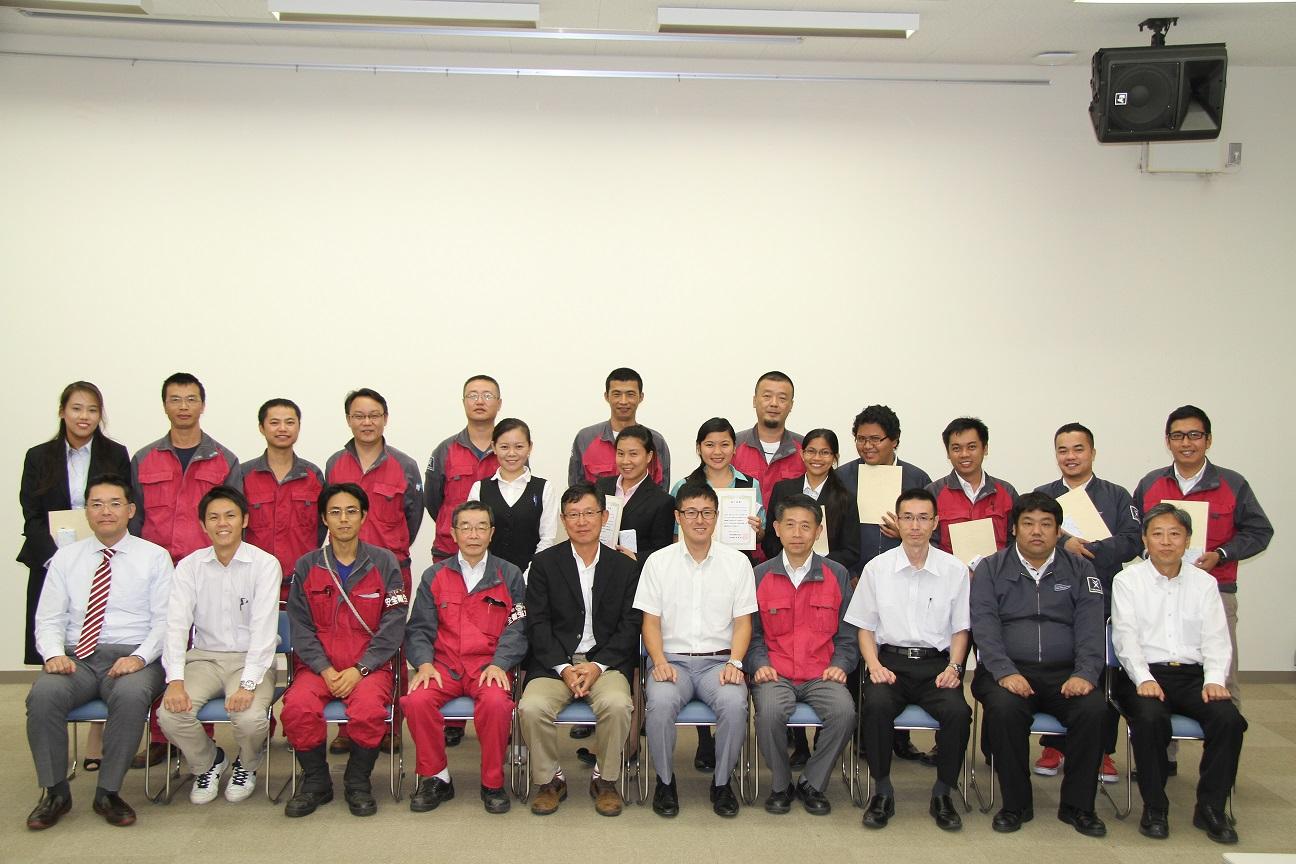 常石造船の海外グループ会社からの第3期研修生 卒業発表会を開催