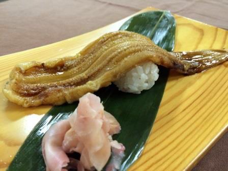 煮穴子の一本寿司1,300円
