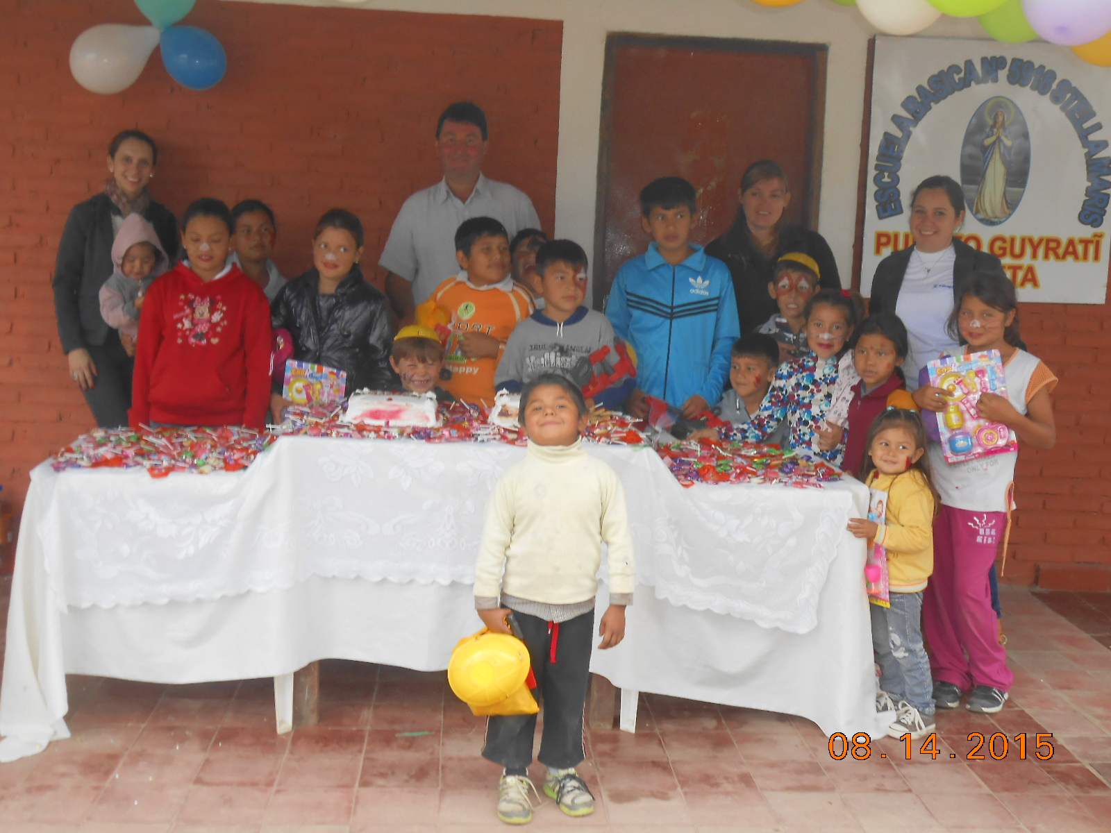 アスティジェロ・ツネイシ・パラグアイ 地元幼稚園と交流