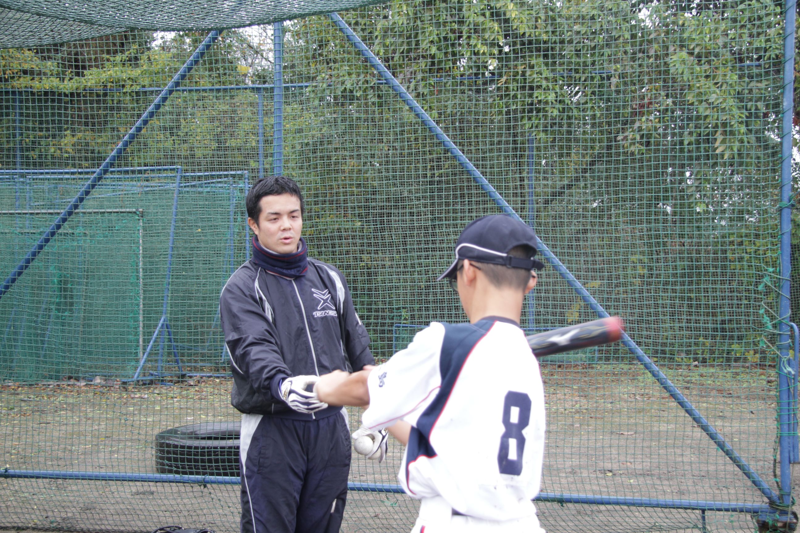 ツネイシ硬式野球部員による野球教室(バッティング指導)