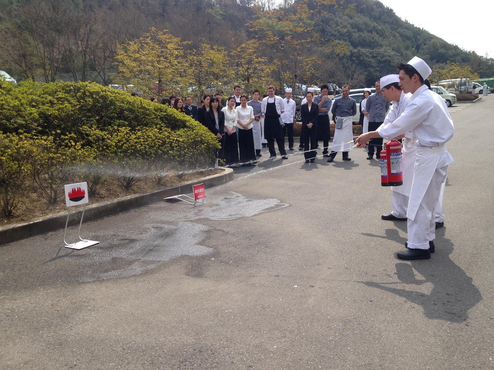 お客さまと社員を守る消防訓練を各施設で実施~ツネイシLR~