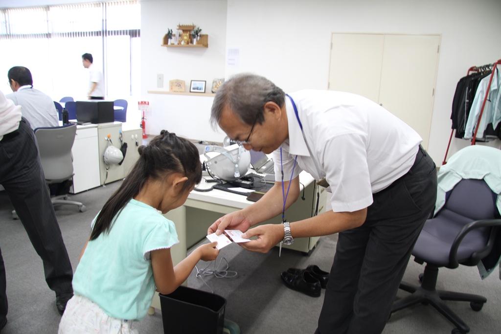 宮﨑裕司社長と名刺交換