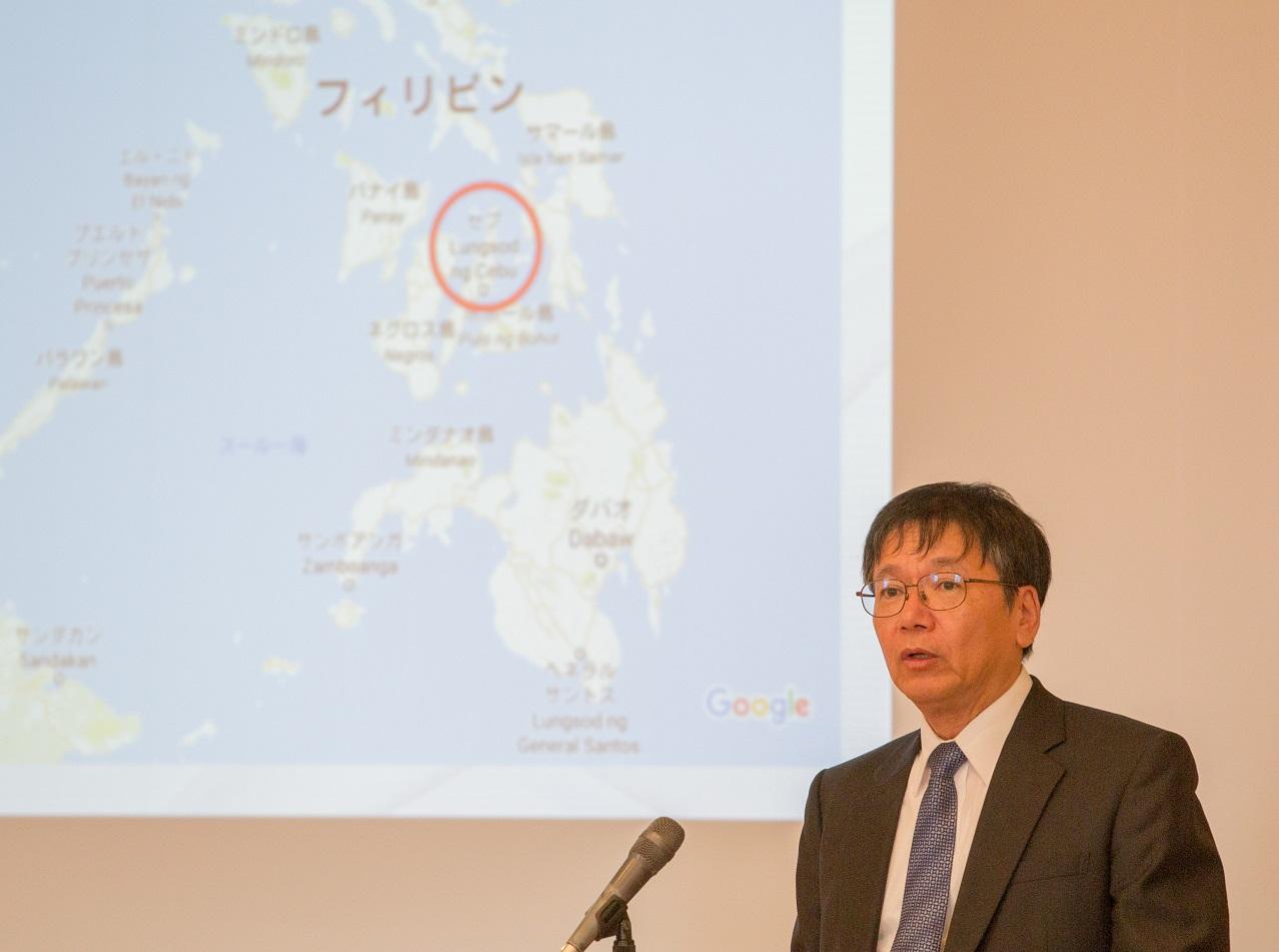 常石造船 小葉竹副社長 福山大学経済学部で「常石造船の海外戦略」を語る!