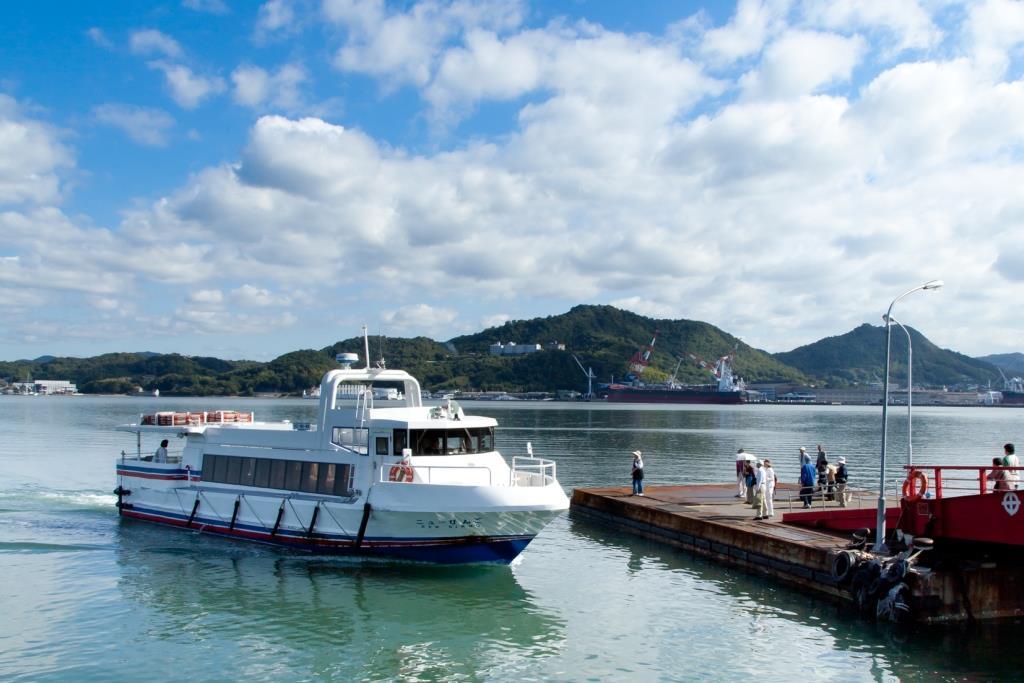 高速船「ニューびんご」(旅客定員:90名)