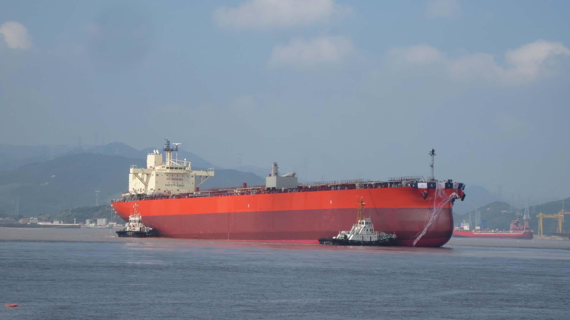 常石造船 初建造のLRI型プロダクトタンカーを進水