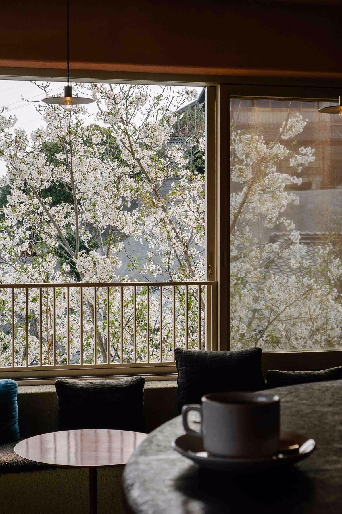LOGカフェ&バーからの眺め