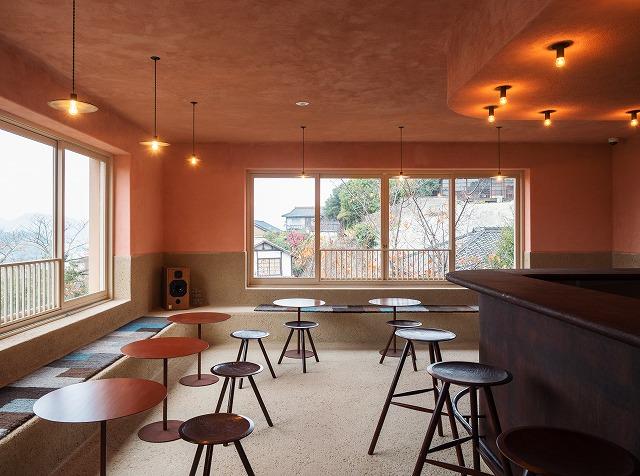 尾道水道を眺めるカフェは利用を制限し営業再開